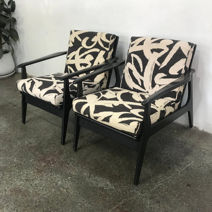Image of PAIR OF MID CENTURY ARMCHAIRS