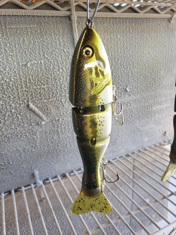 Image of 7 inch tt. Bass.