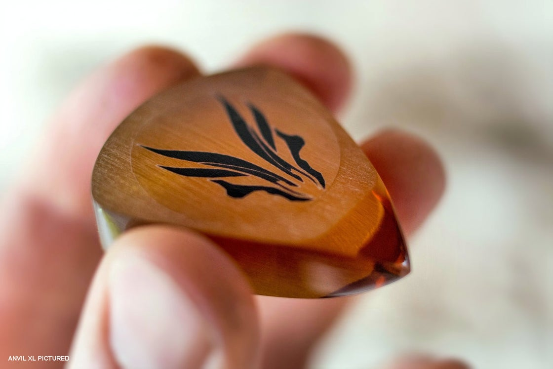 Image of The original ULTEM® 1000 plectrum
