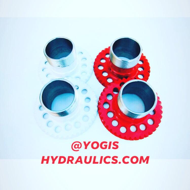 Image of Lowrider hydraulics Dayton adapters universal 5 lug 5x4.5 5x4.75 5x5,