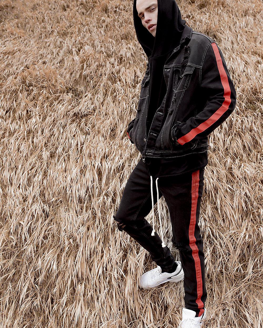 Image of Urban Flavours / U-F.studio Denim Black Washed Jeans