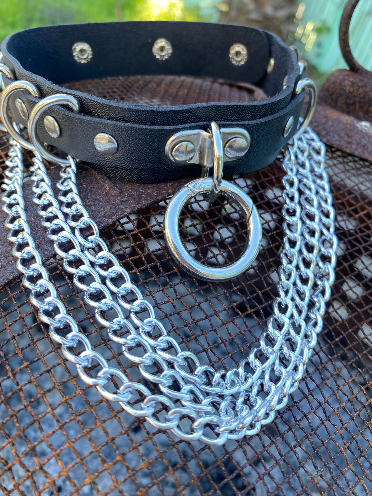 Image of Triple Chain O-Ring Choker