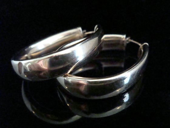 Image of LARGE RETRO 9CT VINTAGE HOOP EARRINGS