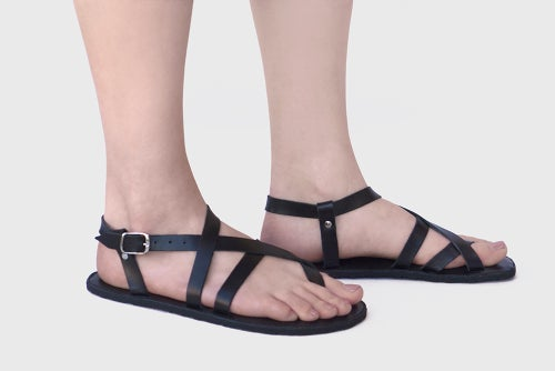Image of Aventuras - Adjustable Sandals in Black