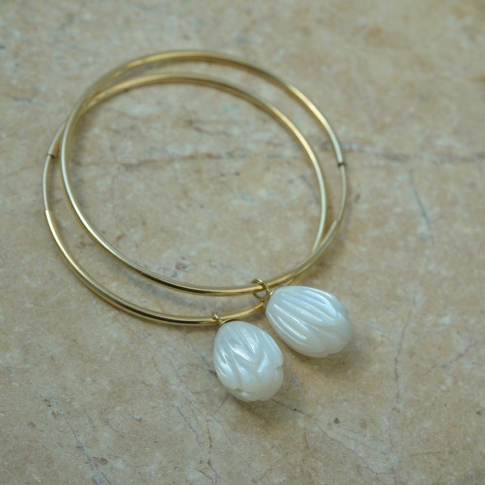 Image of Pikake Hoop Earrings Pink or White