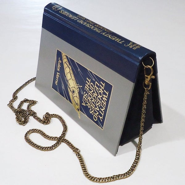 Image of Twenty Thousand Leagues Under the Sea Book Purse