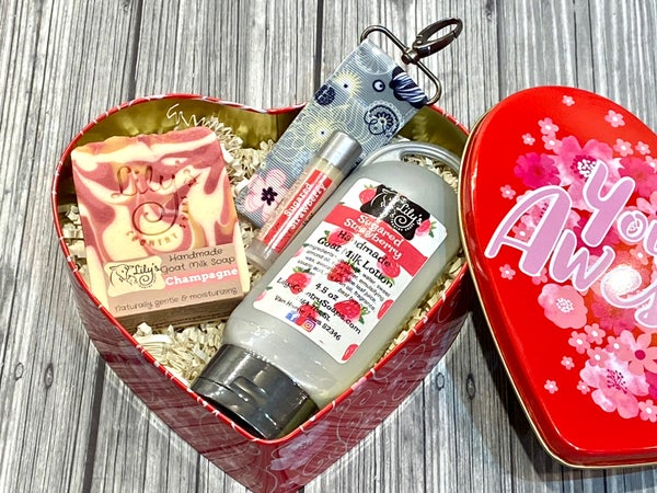 Image of Heart Tin Gift Set