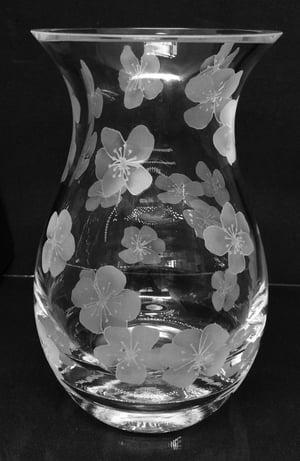 Image of Large flowers posy vase