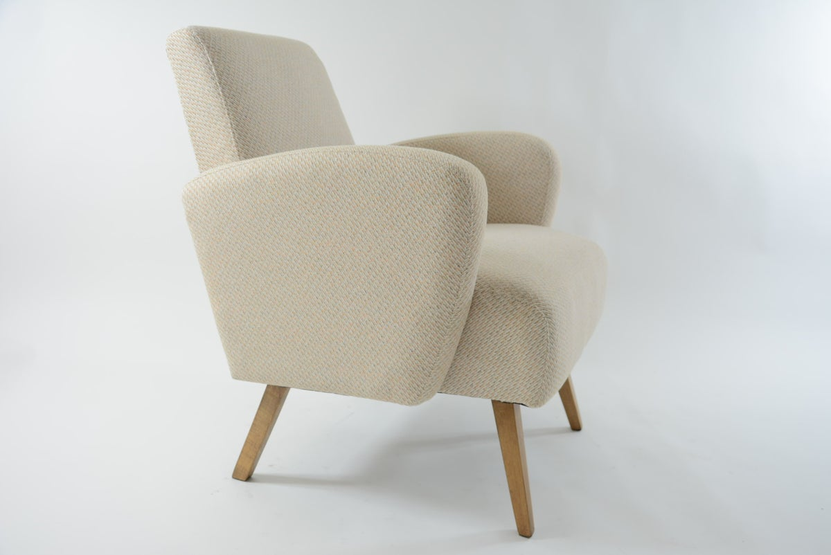 Image of Fauteuil ondulaire beige