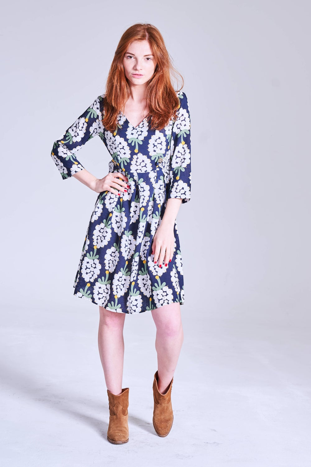 Image of Vestido Baleares navy grapes