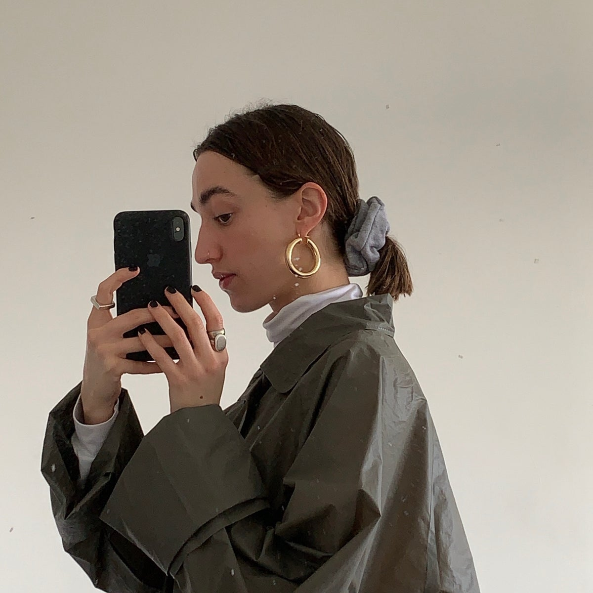 Image of SWEATPANT SCRUNCHIE