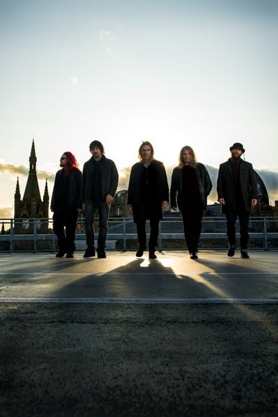 Image of NEW MODEL ARMY 40
