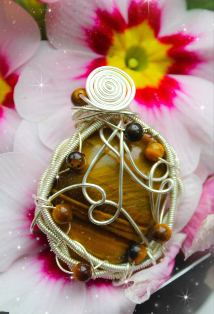 Image of tigers eye pendant