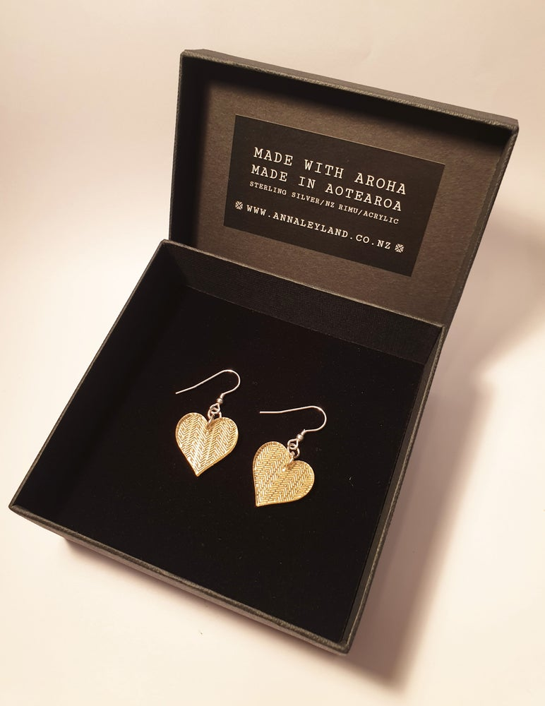 Image of 'Small Heart Drops' in Gold