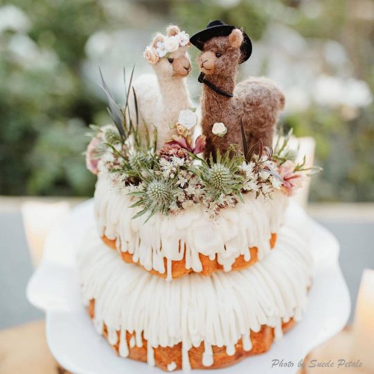Alpaca Bride + Groom Wedding Cake Topper - Customized for Llama Lovers - Made with Alpaca Fiber