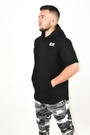 Image of ESSENTIAL SHORT SLEEVE HOODIE BLACK