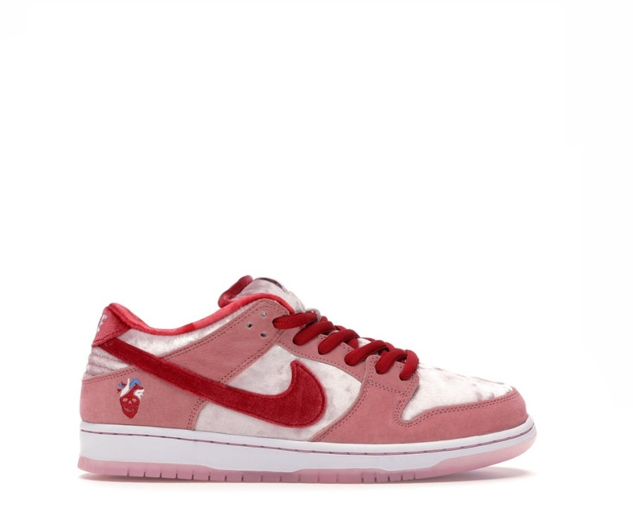 Image of NIKE SB DUNK LOW STRANGELOVE SKATEBOARDS CT2552-800