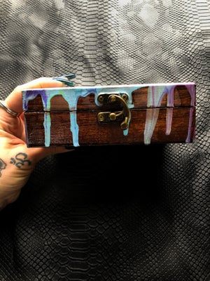 Image of TRIP OUT BOX- Painted Lady Olivia