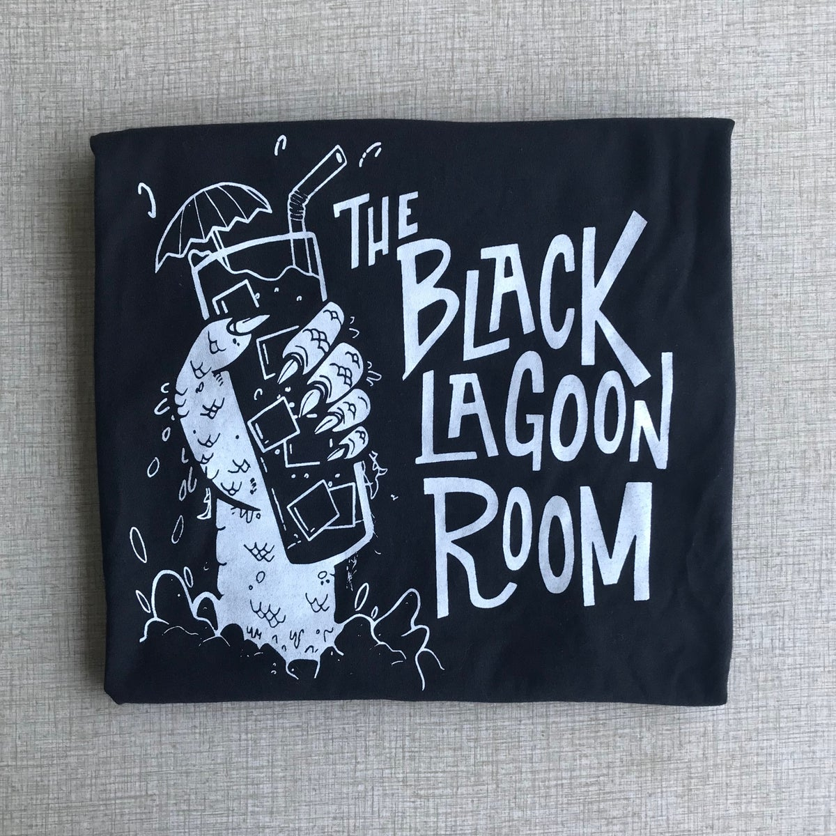 BLACK LAGOON ROOM Men's Logo T-Shirt