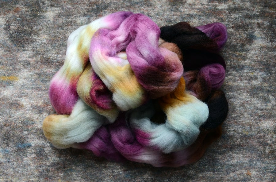 "Image of ""Sweet Note"" Hand-dyed Falkland Merino Spinning Fiber - 4 oz."