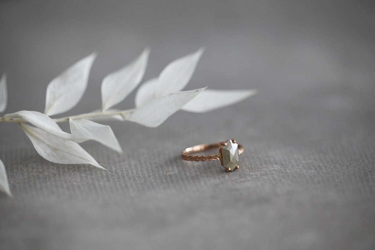 Image of 18ct rose gold, hexagonal rose-cut grey diamond ring (IOW126)