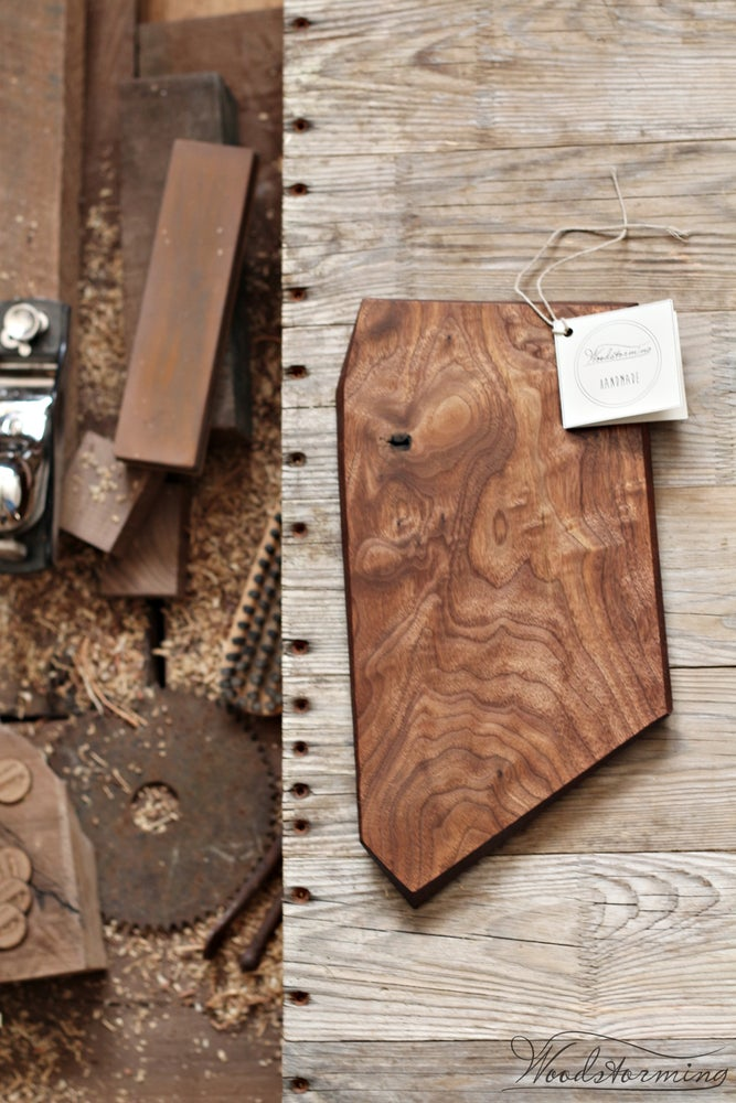 Image of Walnut serving board with natural knot and inlay