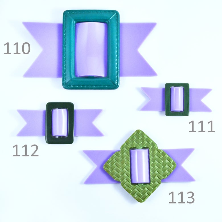 Image of Buckle brooches 110 to 113