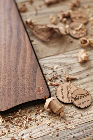 Image of Small walnut serving board - the leaf