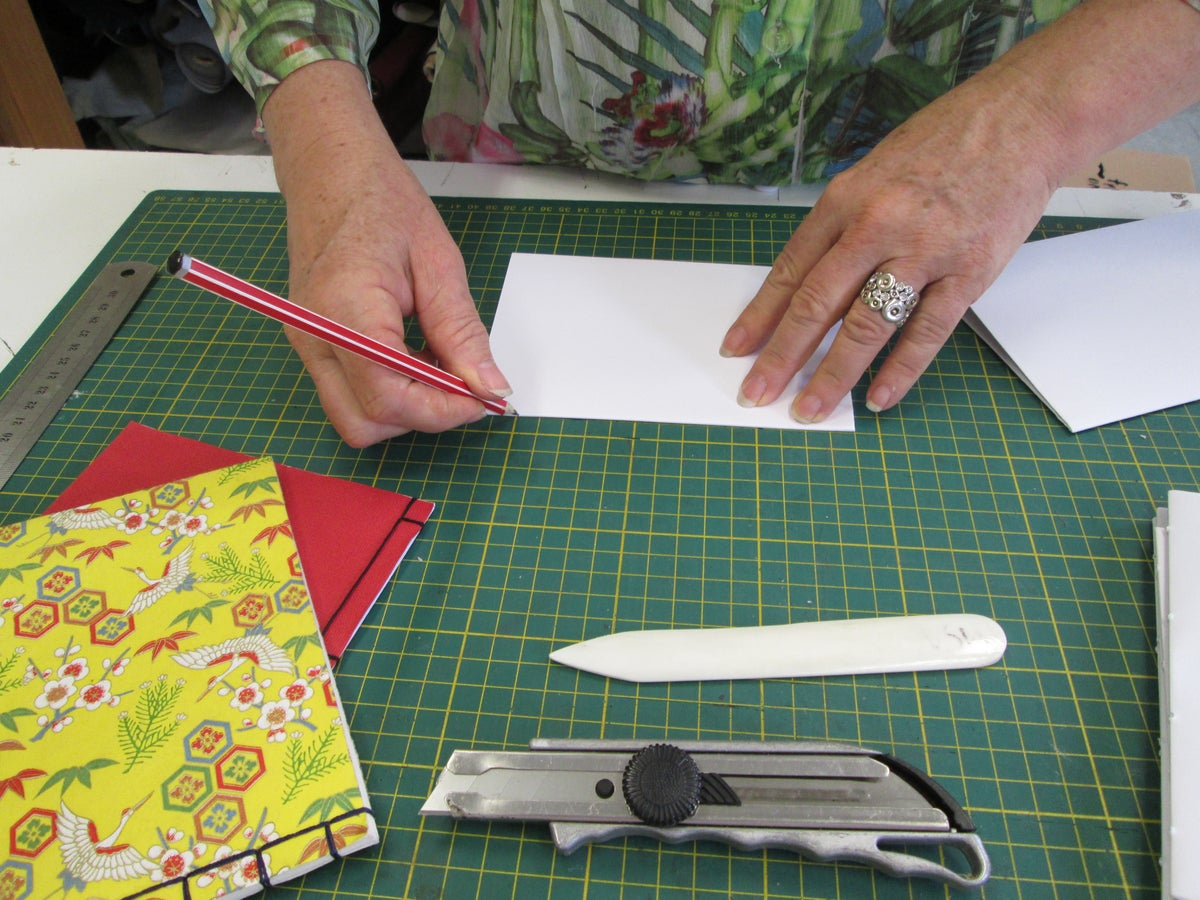 Image of Level 1: Bookbinding for Beginners