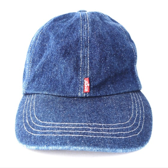 "Image of Vintage 1990's Levi's ""The San Francisco Foundation"" Denim Strapback Hat"