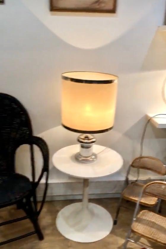 Image of Lampe vintage abat jour cerclé ruban métal