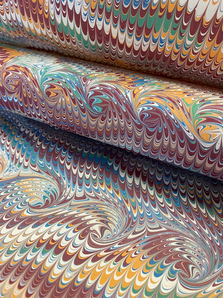 Image of Marbled Paper #50 non pareil with curl