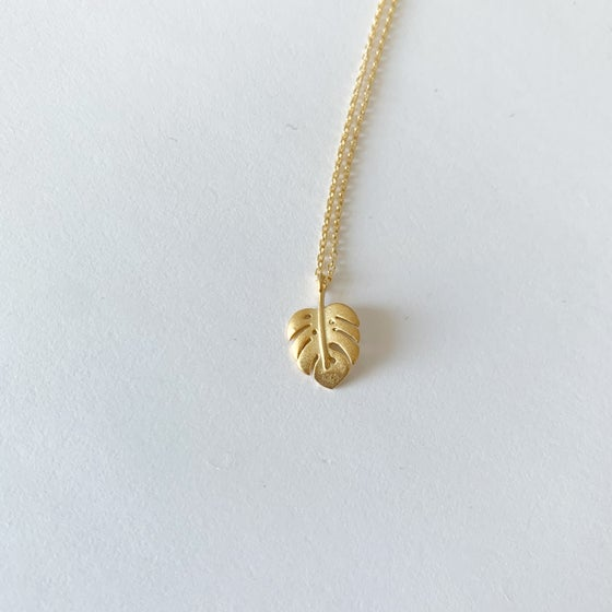 Image of Montsera leaf necklace