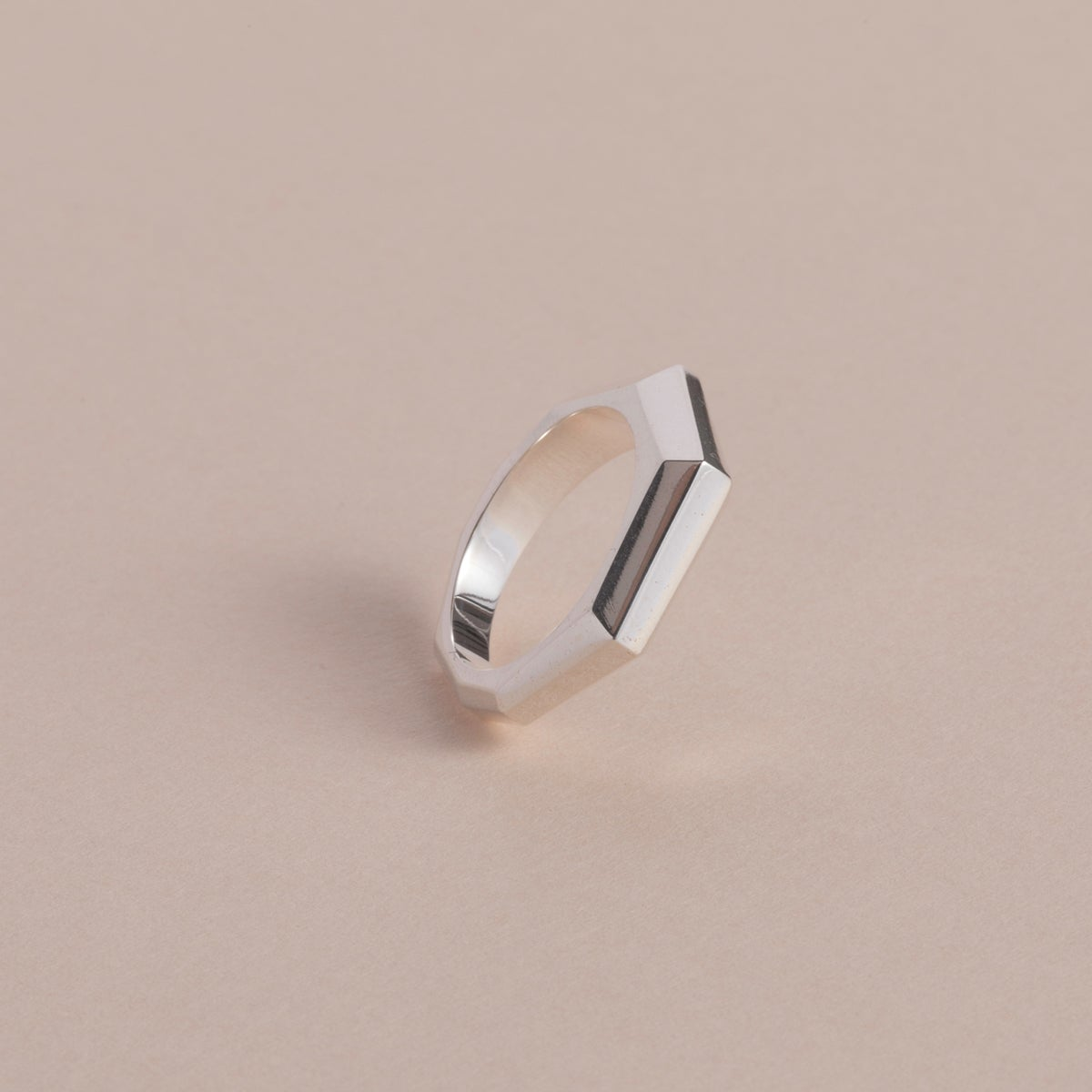 Image of THE DOTS/FACETED BAND