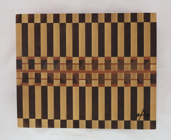 Image of END-GRAIN CUTTING BOARD - Bar Top