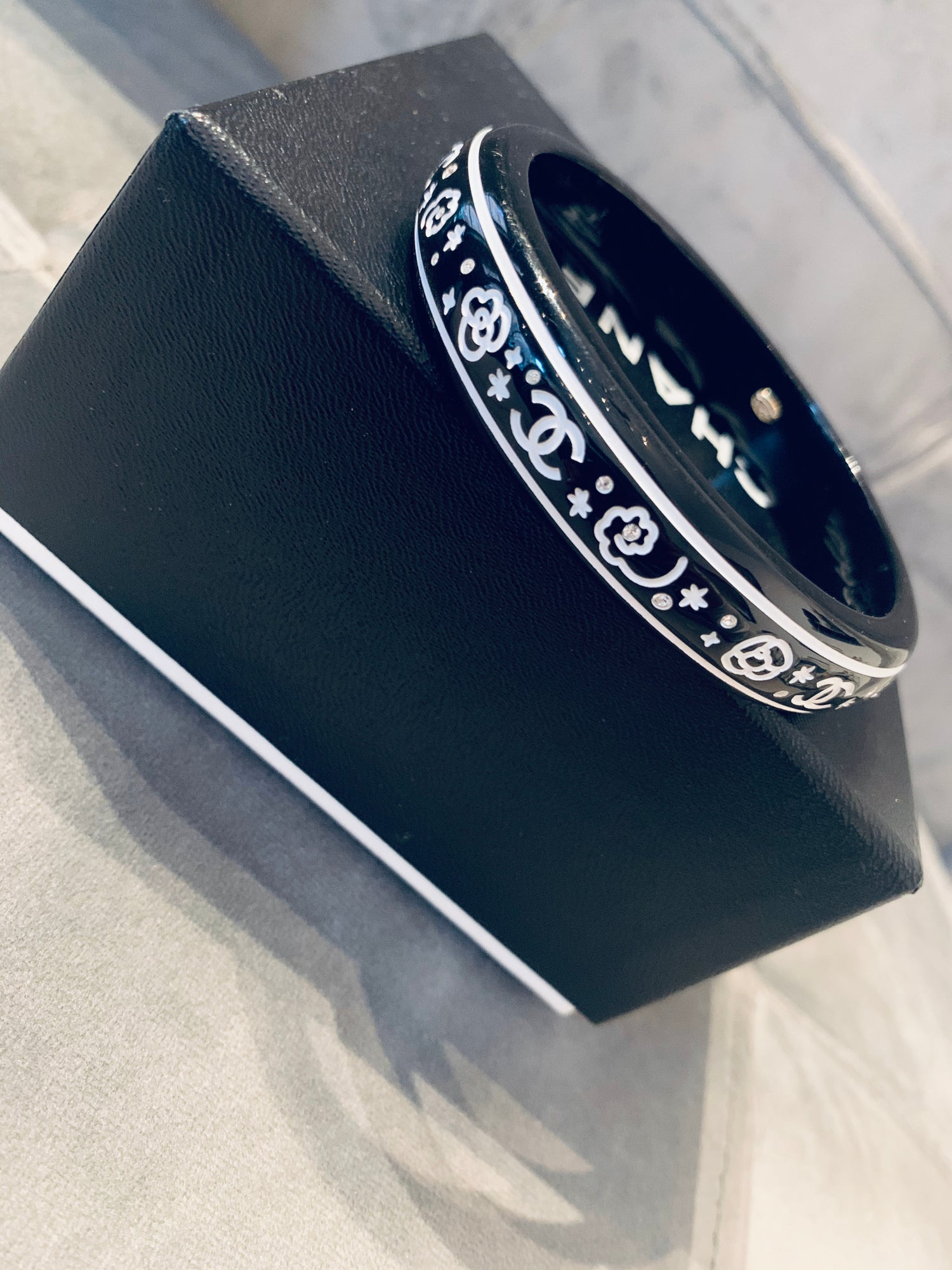 Image of CHANEL BANGLE