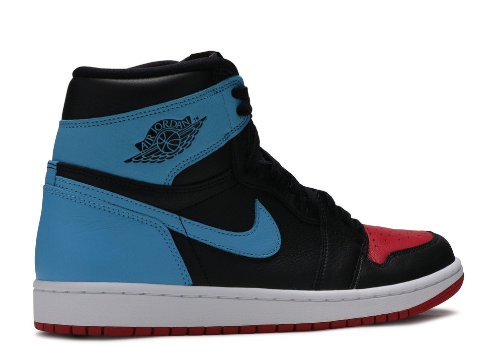 "Image of WMNS Air Jordan 1 Retro High OG ""UNC to Chi"""