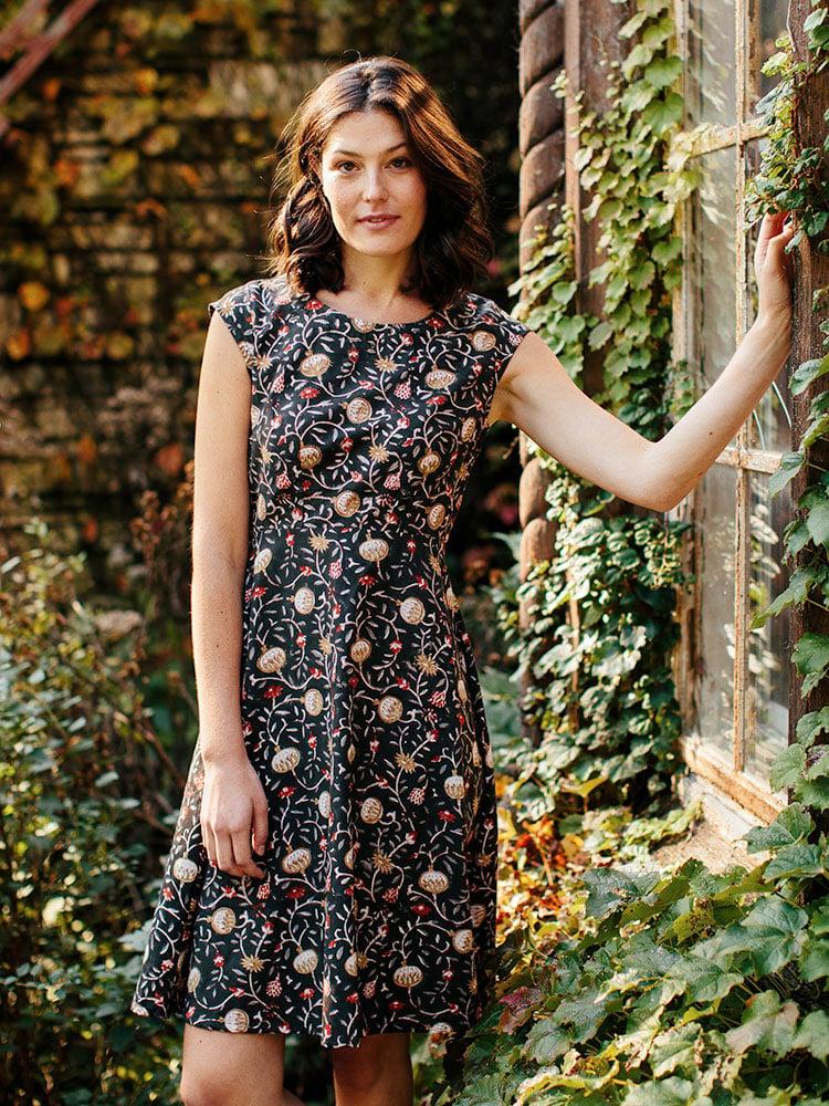 Image of Marseilles Dress - Midnight Floral Print