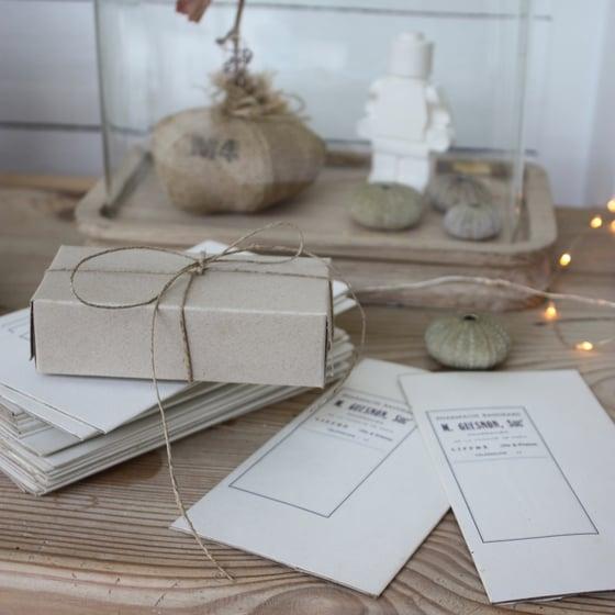 Image of Petites boites de pharmacie en carton kraft.#2