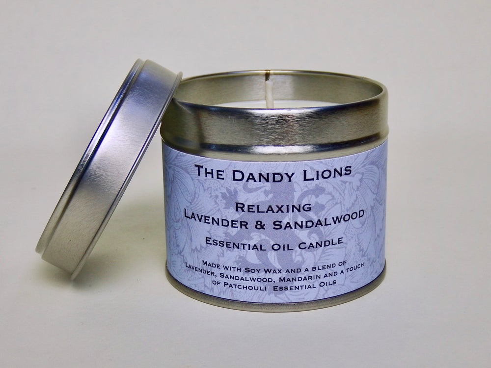 Image of Relaxing Lavender and Sandalwood Essential Oil Candle