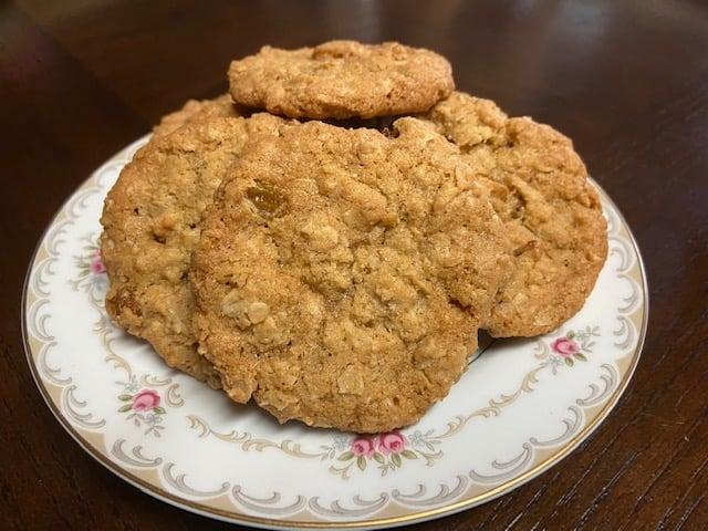Image of Blue Ribbon Oatmeal Raisin Cookies - 1 dozen