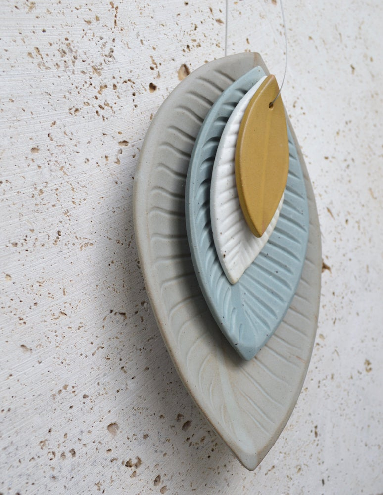 Image of Ceramic Leaf Drop with Ceramic Wall Hook - In stock