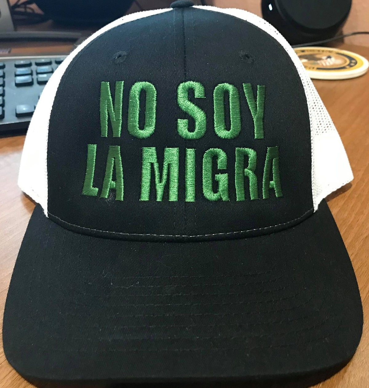 Image of NO SOY LA MIGRA ~ RICHARDSON RETRO TRUCKER HAT