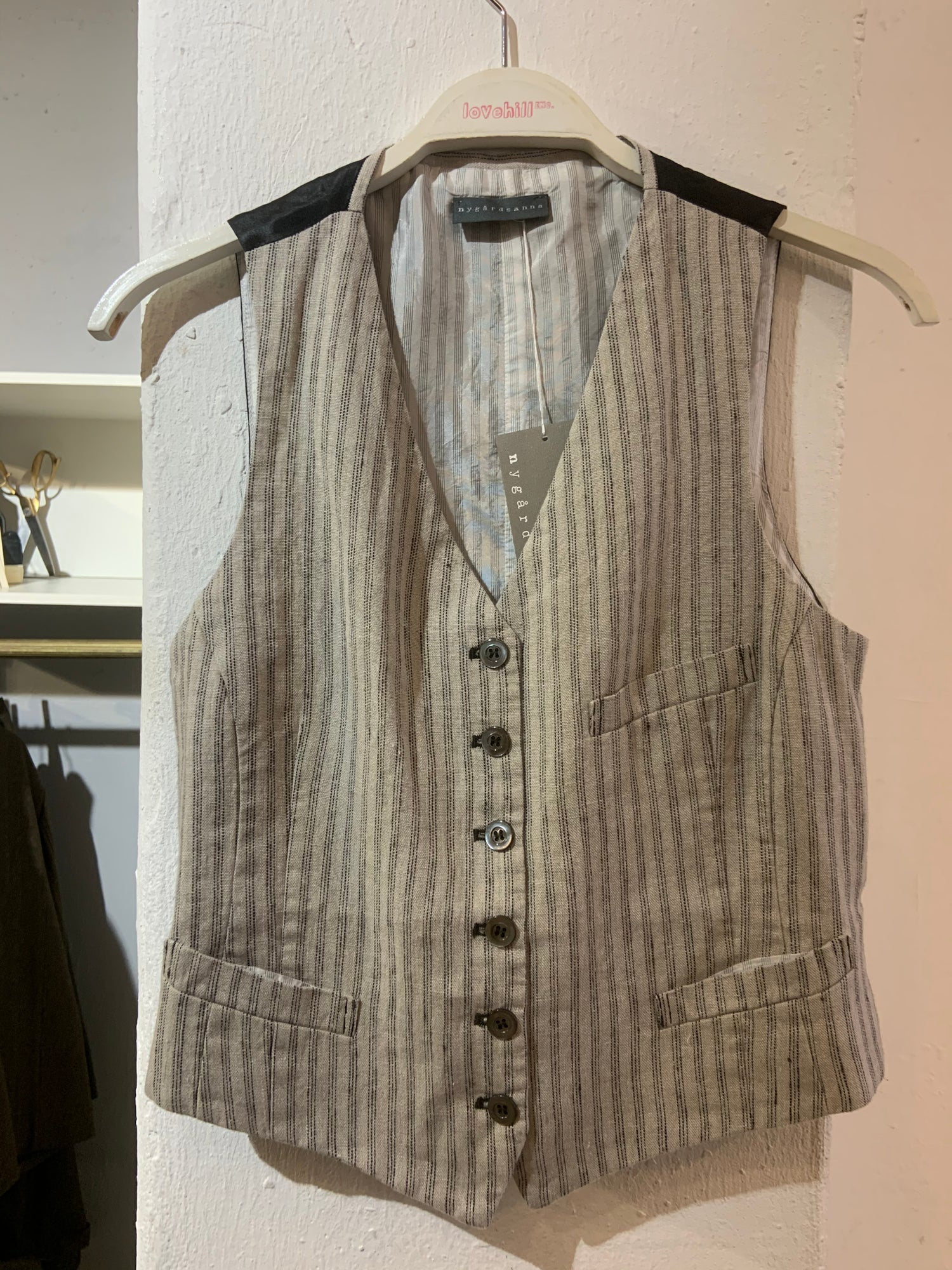 Image of NygardsAnna Waistcoat beige stripes