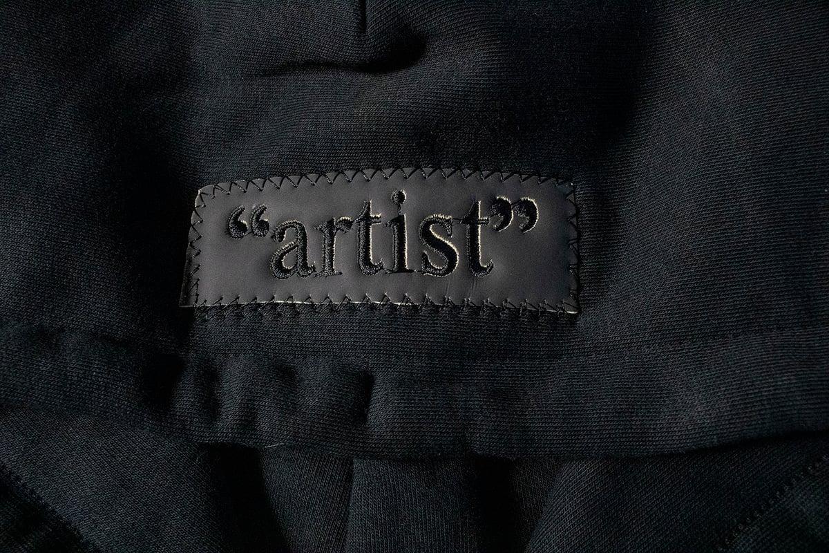 "Image of HEAT REACTIVE BOX LOGO ""artist"""
