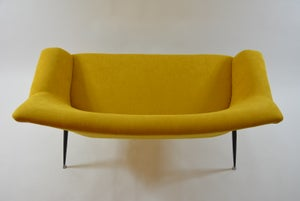 Image of Banquette coquille carrée jaune