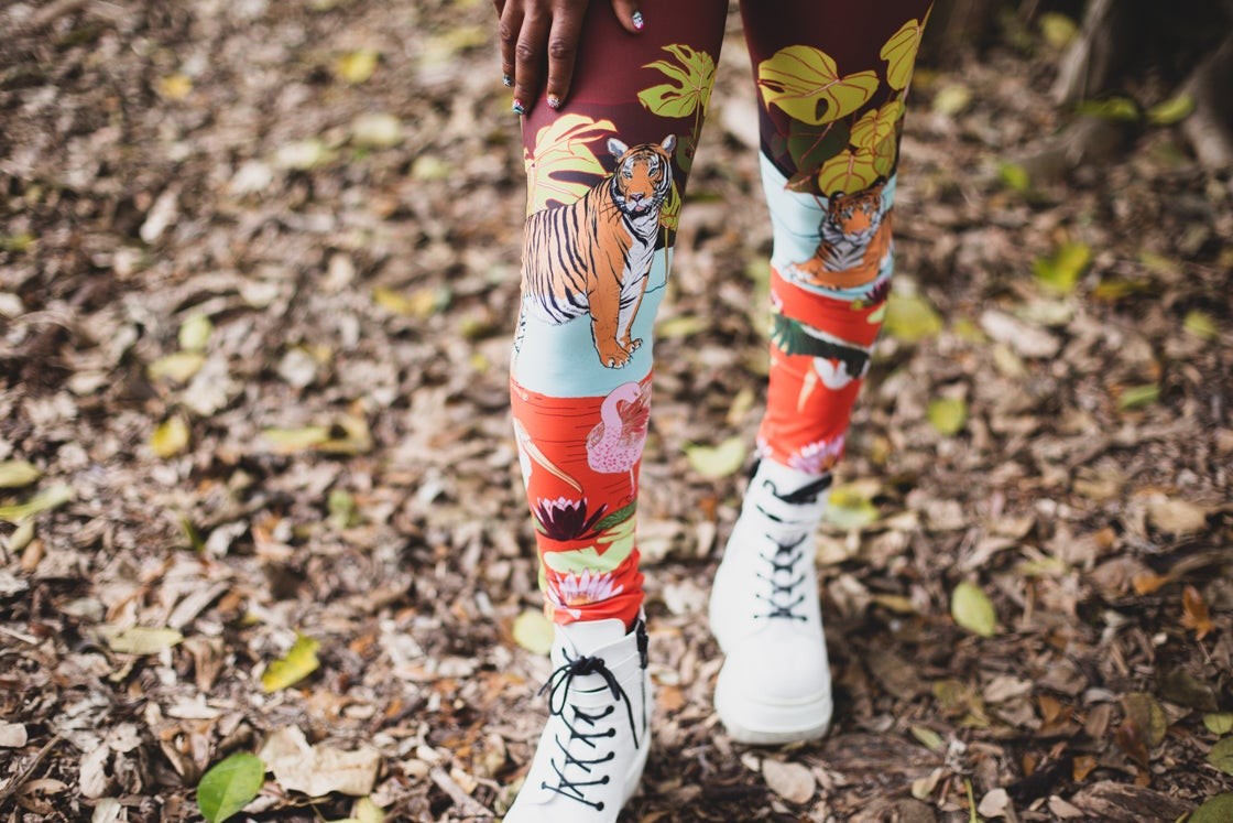 Image of Leggings in Swamp Paradise print