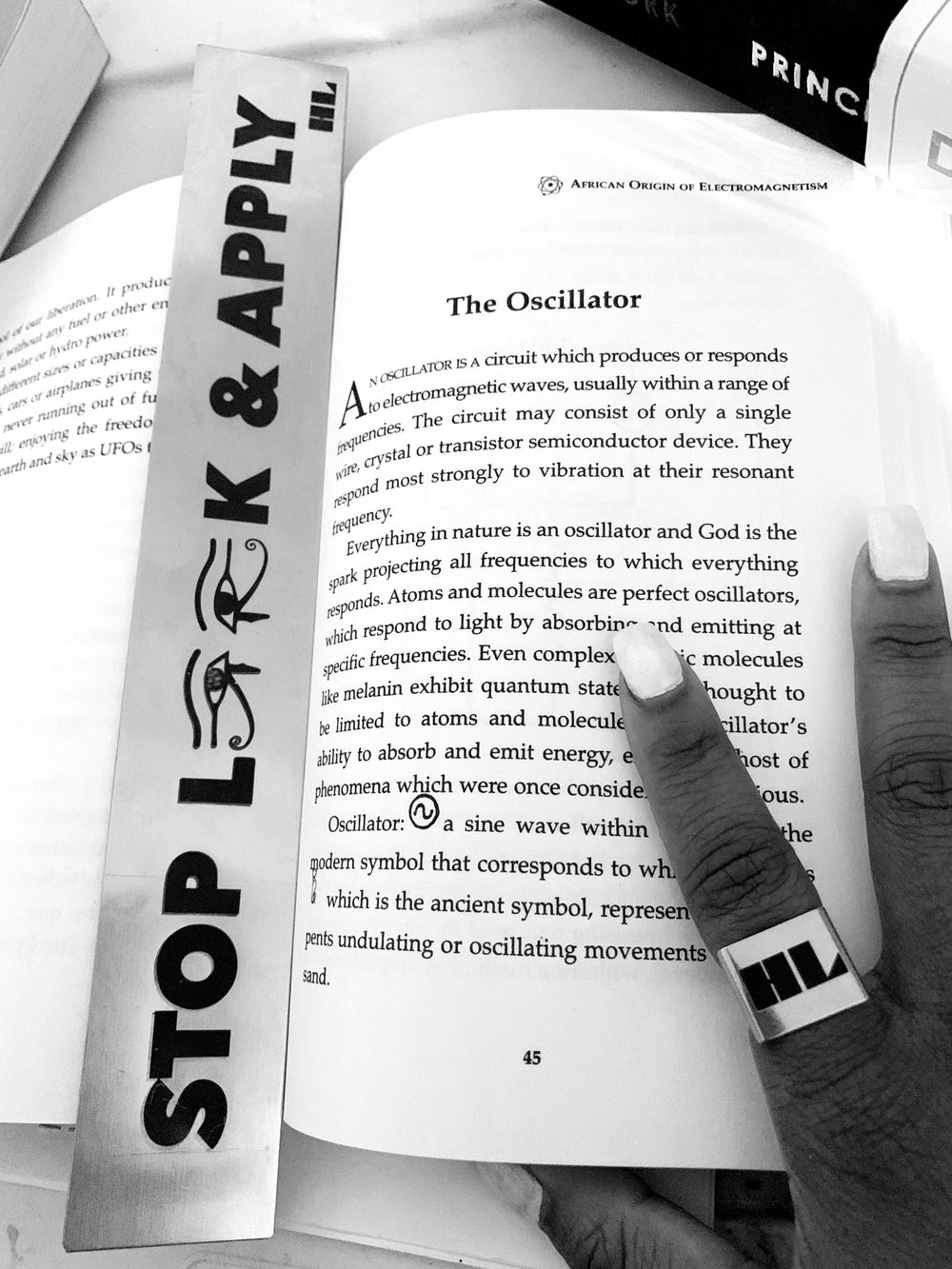 H&L Bookmark