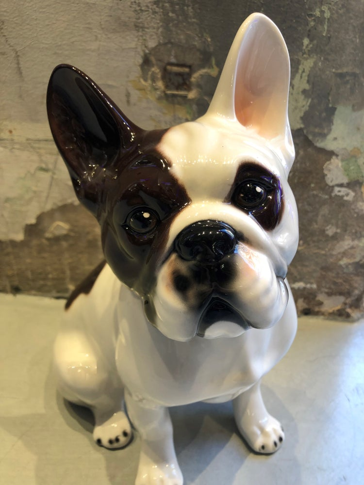 Image of CERAMIC BULLDOG.