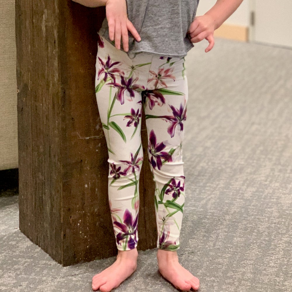 Image of Girl's Lily Flower Yoga Pants
